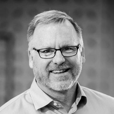 Associate Professor Steve McTaggart